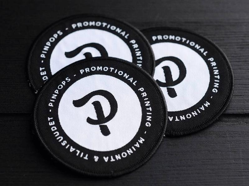 pinpops badge P logo